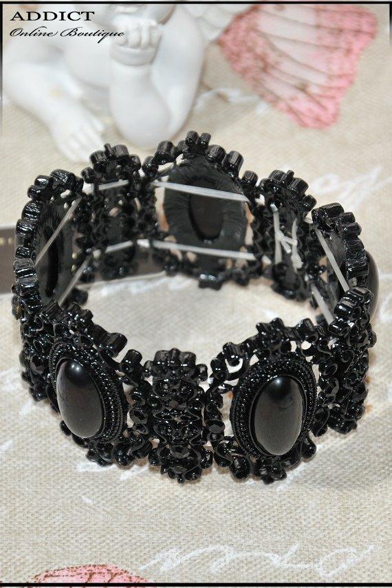 черна гривна 8