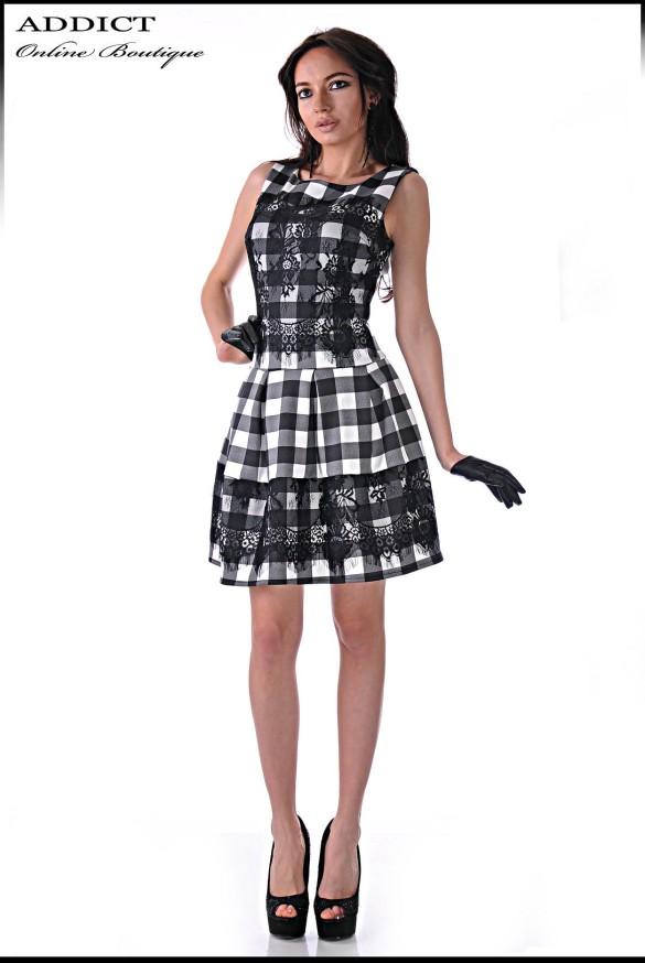 Елегантна рокля на каре BLACK-WHITE DRESS