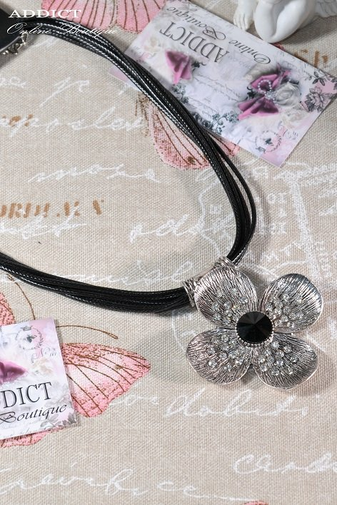 Колие Necklace 1 3