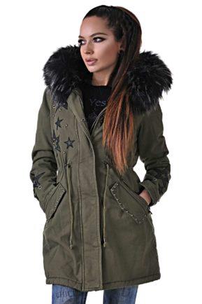 зимно зелено яке