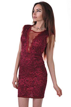 червена дантелена рокля