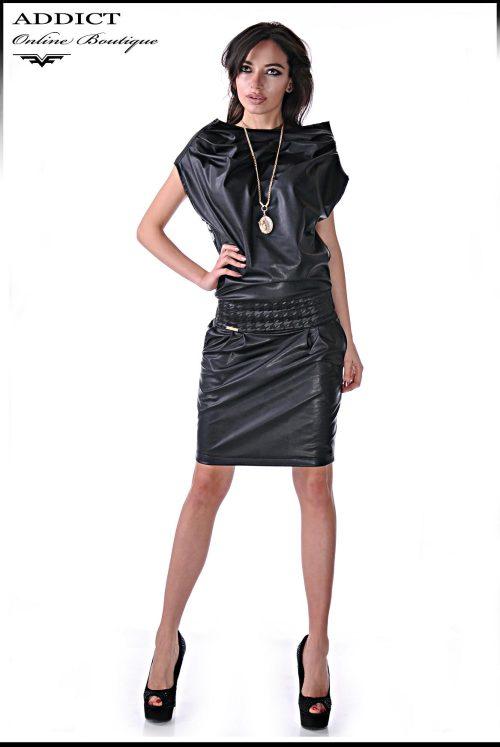 кожена рокля черна