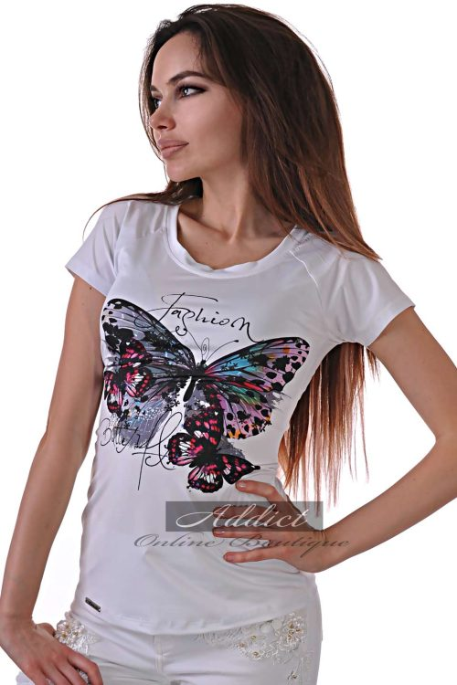 бяла тениска с пеперуди