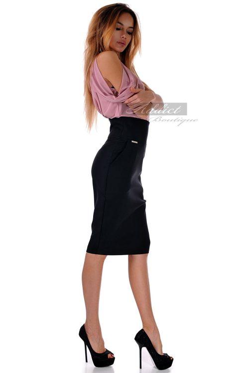 елегантна рокля в два цвята