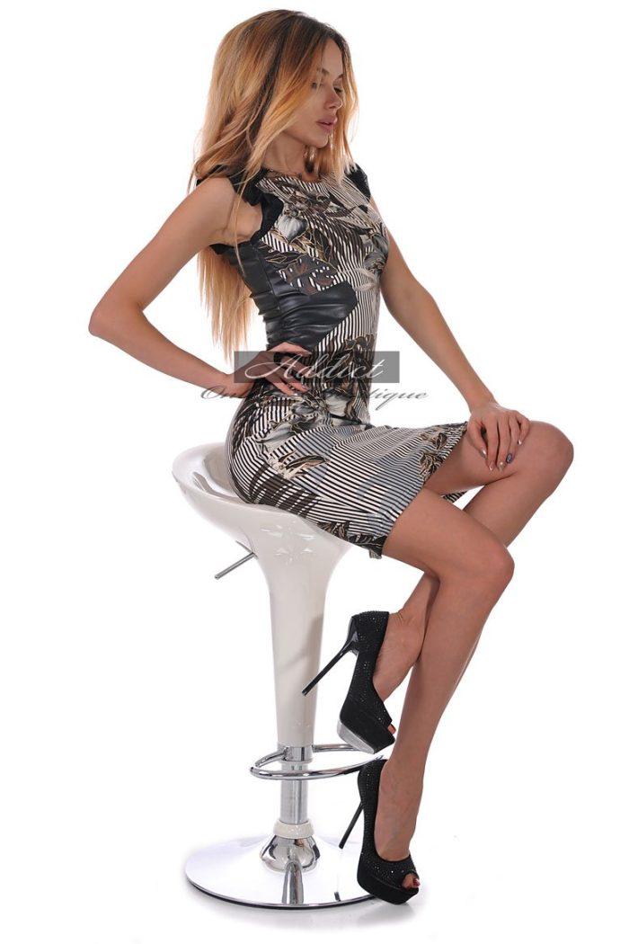 рокля вталена елегантна