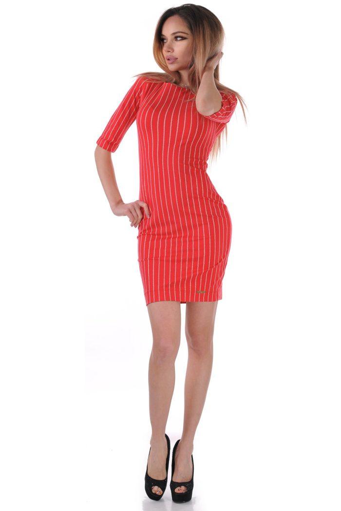 рокля червена българска