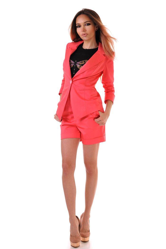 дамски костюм розов