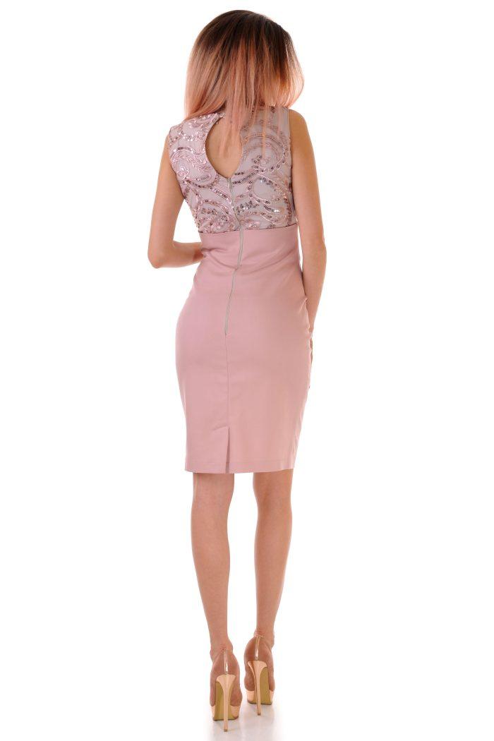 рокля с дантела лукс