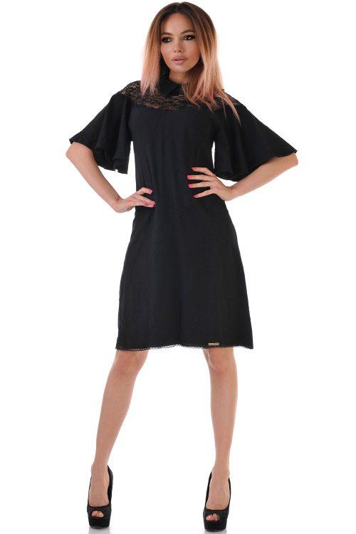 рокля черна