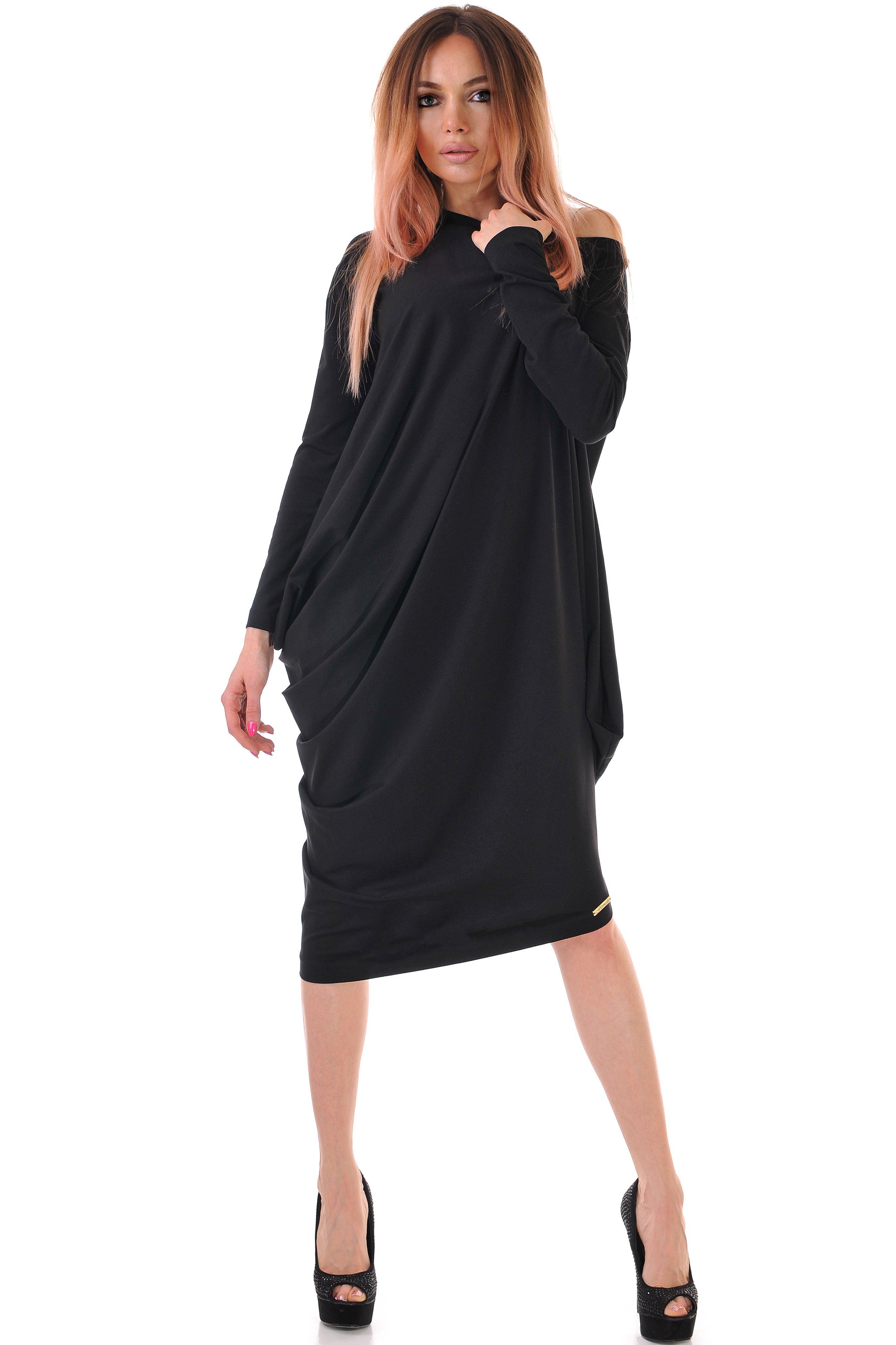 рокля с ръкав черна
