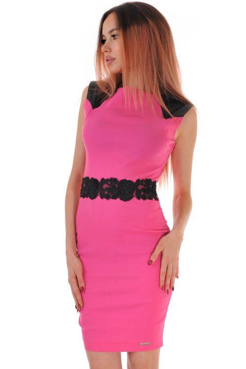 рокля розова