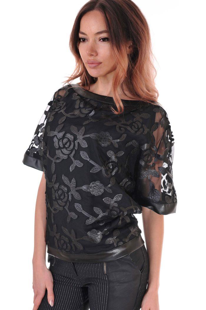 блуза на цветя от дантела