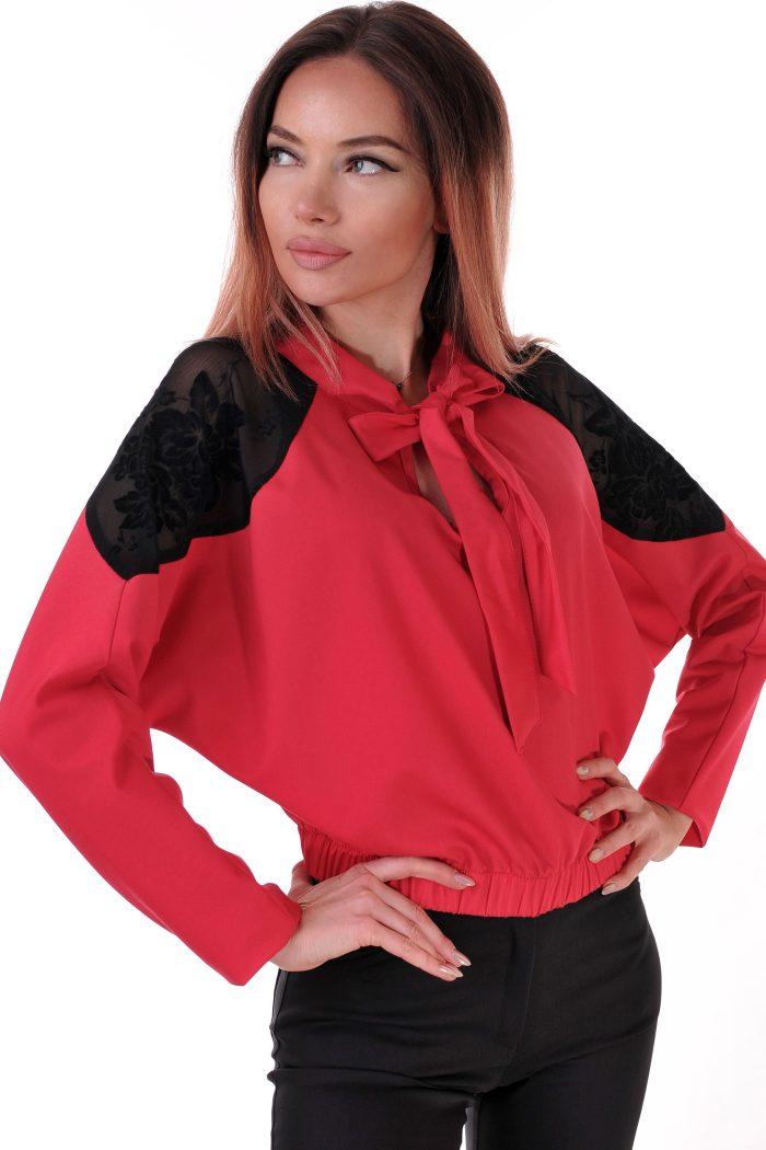 риза червена