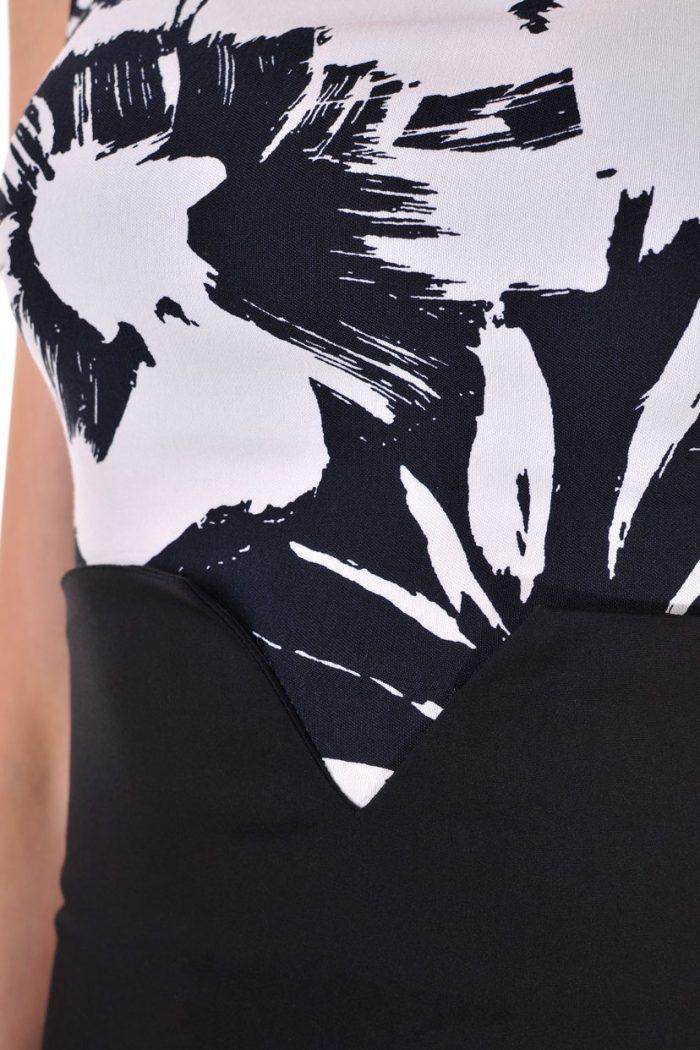 черна рокля гол гръб