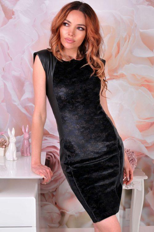 рокля с кадифе
