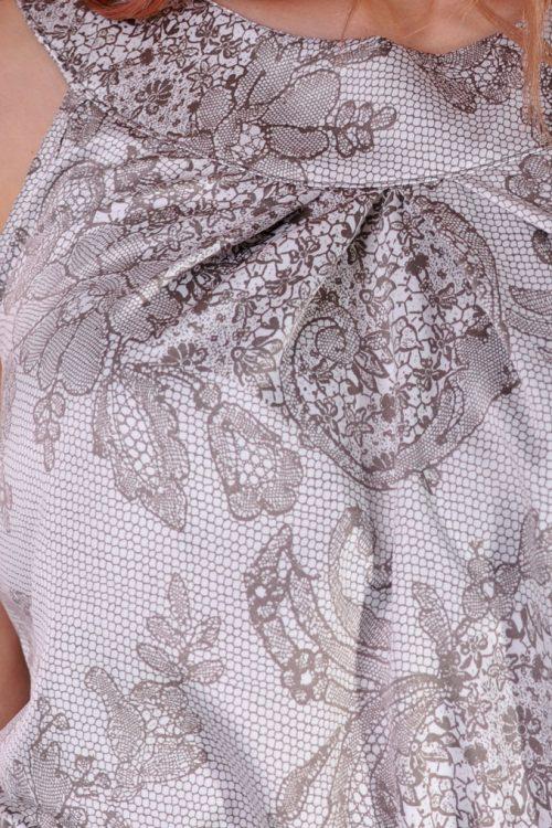 рокля дантела
