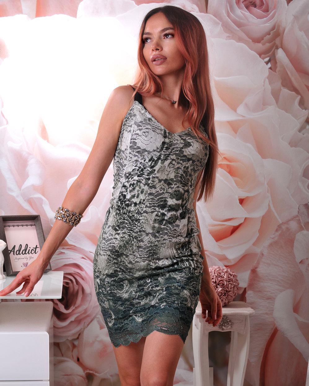 рокля българска от дантела