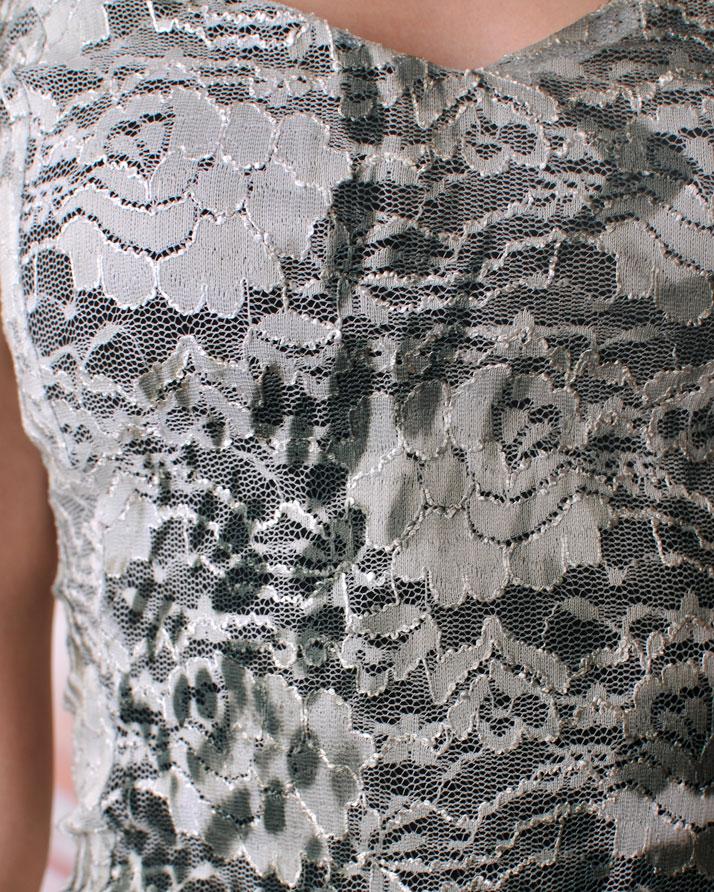 рокля от дантела