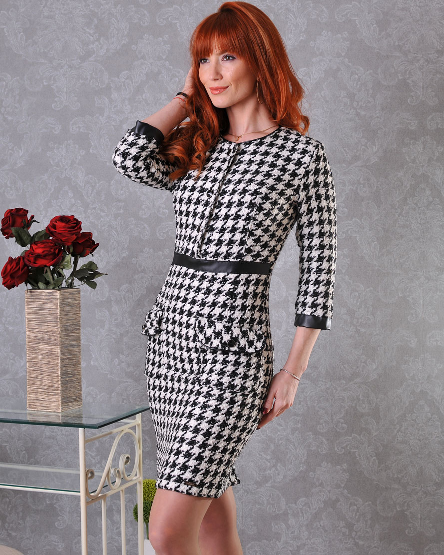 рокля на пипи офис облекло