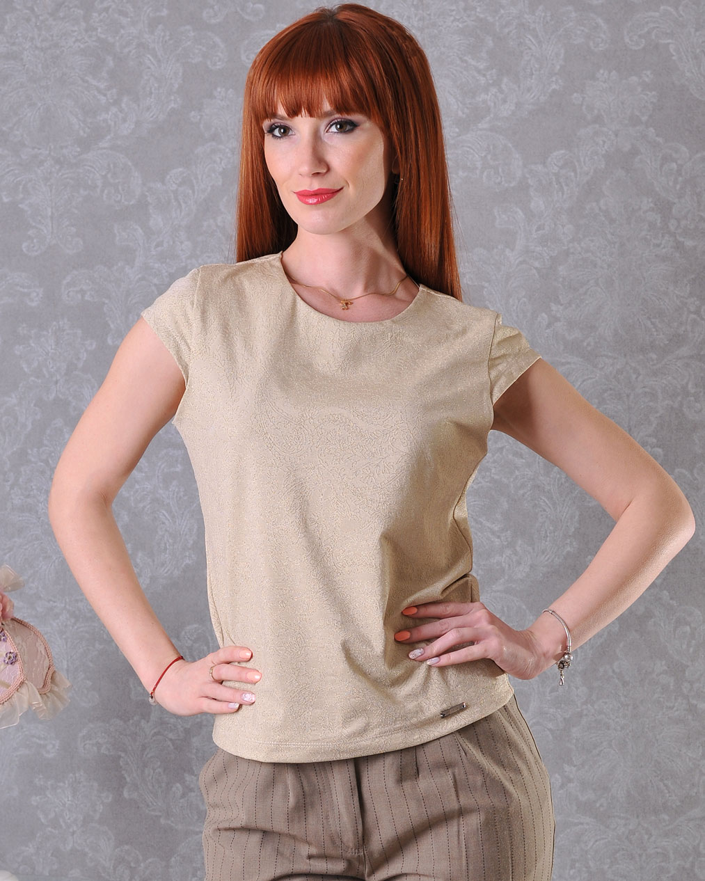 златна блузка