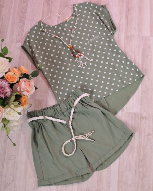 панталонки и блуза